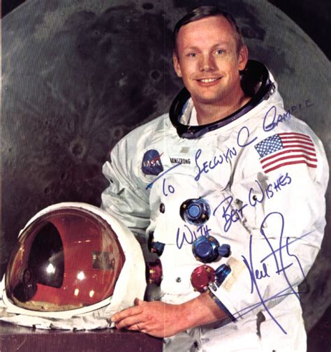 neil armstrong short biography in english 4thform