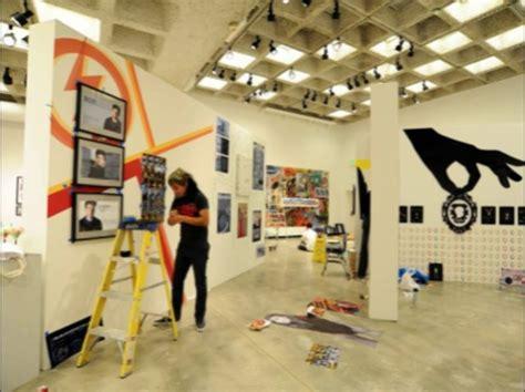 layout ruang pameran mempelajari seni di university art gallery panduan