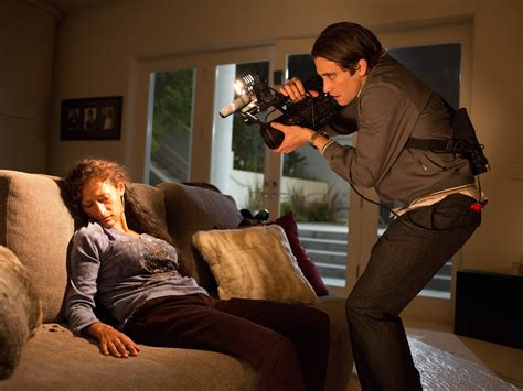 nightcrawler review jake gyllenhaal in a