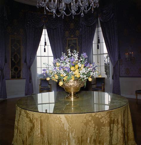 house arrangement white house rooms blue room floral arrangement john f