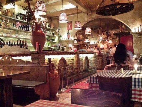 restaurant im grunewald pizza micky maus allerdings in der magherita variante