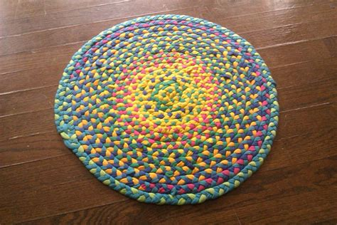 rug made from tshirts make a braided t shirt rug