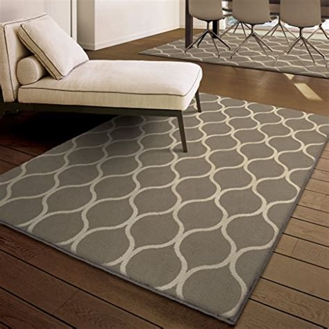 rug trends 2017 2017 carpet runner and area rug trends the flooring girl