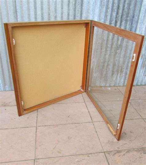 wand kast 65 cm retro vintage wandkasten vitrinekasten hangkasten