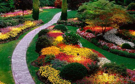 fina kurnia sari taman bunga terindah  dunia