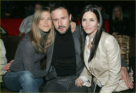 David Arquette Confirms Up Anistons Marriage Mound by Courteney Cox David Arquette Wedding Www Imgkid