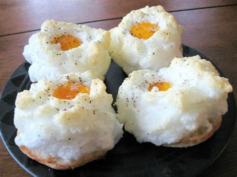 cloud eggs eggs in the clouds low carb mania pinterest