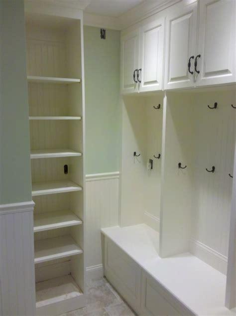 Beadboard Drawer Fronts - mudroom lockers custom home finish