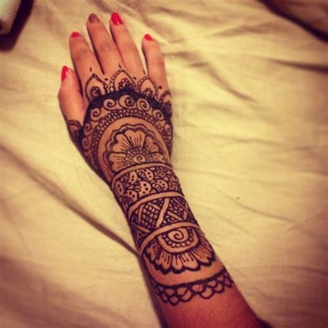 hand tattoo tumblr henna tattoos