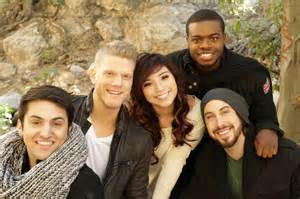 Kevin olusola 11 top and the four other members of pentatonix