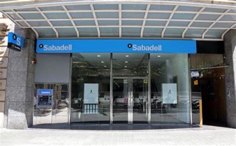 banc sabadell empleo sabadell da el sorpasso y casi iguala a bankia por valor