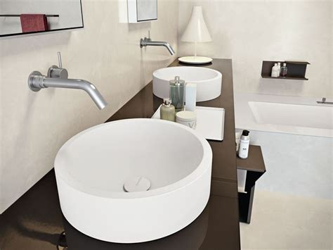 lavandini in corian lavabo in corian una scelta di stile per i lavandini