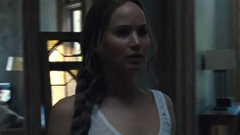 film semi mother 2017 mother trailer jennifer lawrence in darren aronofsky