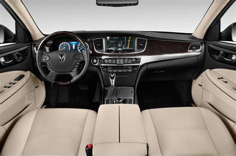 2015 Equus Review by 2015 Hyundai Equus Reviews And Rating Motor Trend