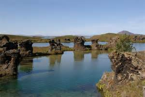 Car Rental Iceland 19 Years Places To Go In Iceland Lake M 253 Vatn Car Rental Iceland
