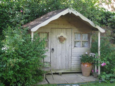 pretty garden shed garden    coach house
