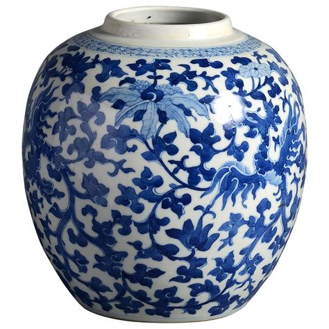 Qing Dynasty Vase Value by 19th Century Qing Dynasty Blue And White Vase At 1stdibs