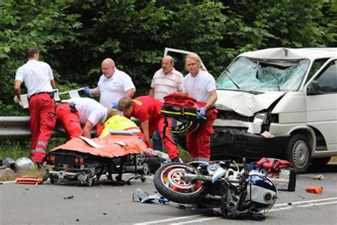Motorradunfälle by Schwerer Motorradunfall Am L 246 Ffelberg Wirsiegen Das