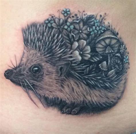 animal tattoo e piercing milano hedgehog tattoo 1000 ideas about hedgehog tattoo on