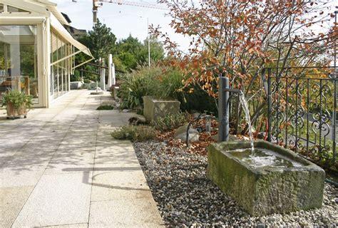 garten natursteine naturstein im garten gr 228 ff ihr g 228 rtner