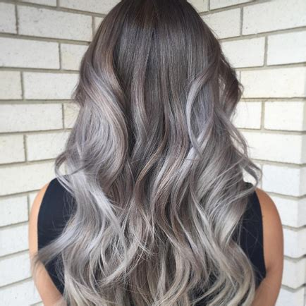 Does Hair Look Like Ombre When Highlights Growing Out | ombre by growing hair out capelli grey ombre ecco come