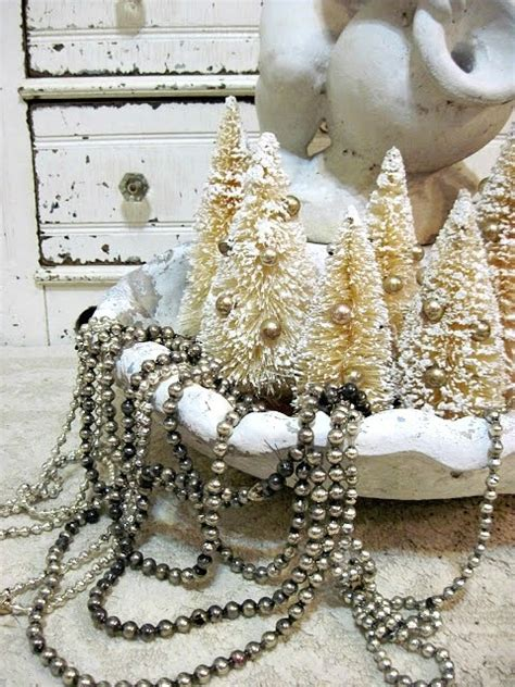 vintage christmas home decor 51 exquisite totally white vintage christmas ideas digsdigs
