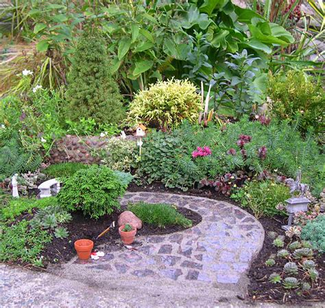 Mini Garden by Get Out There The Mini Garden Guru From Twogreenthumbs