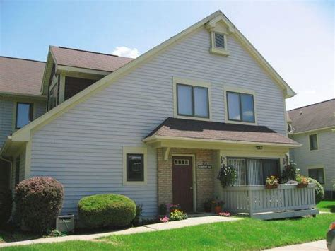 Apartments And Houses For Rent Rochester Ny Cornhill Apartments Townhouses For Rent Rochester Ny