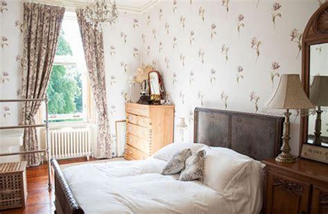 Wallpaper Master Bedroom Ideas by Wallpaper Ideas For Master Bedroom 5 Small Interior Ideas