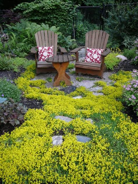 secluded backyard ideas dream spaces 10 secluded garden nooks