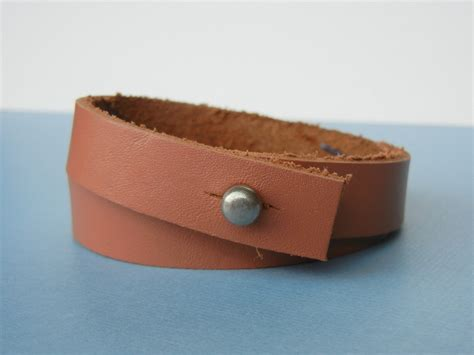 how to make leather jewelry how to make leather bracelets two finishing methods