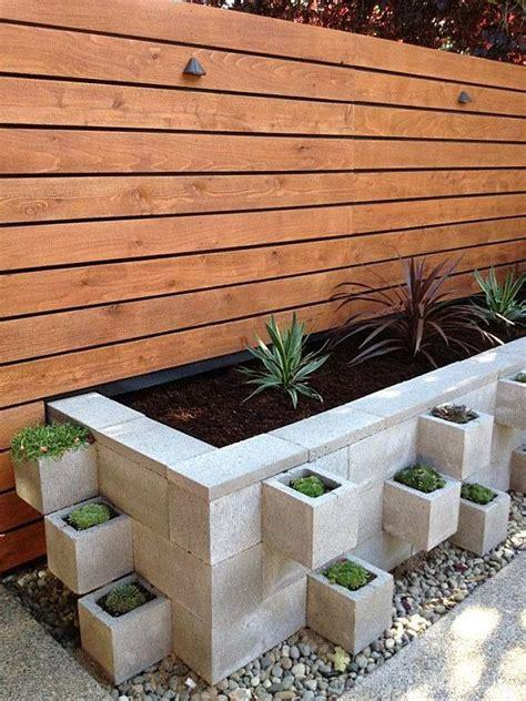 Garden Block Wall Ideas Best 25 Garden Wall Designs Ideas On Garden Wall Decorations Retaining Walls And