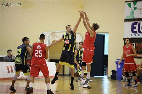 prima casa lamezia basketball lamezia prima uscita per i gialloblu di coach