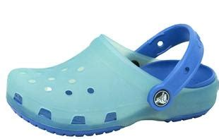 shoes that change color in the sun crocs chameleon they change colors in the sun fishing