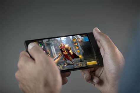 mobile phone gaming razer phone vs galaxy note 8 can new blood topple the