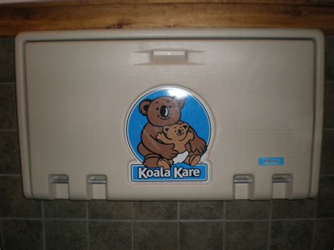 koala kare changing tables file koala kare changing table closed jpg