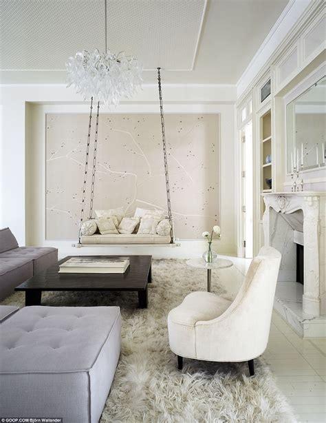 Gwyneth Paltrow Backtracks Ny Home Sale by Gwyneth Paltrow S New York Apartment Has 2m Taken