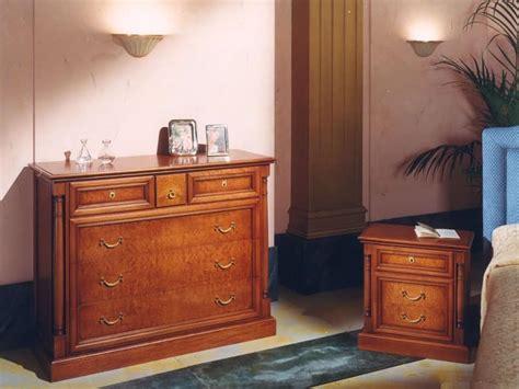 comodino impero comodino in legno per camere da letto stile classico