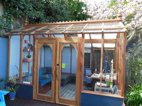 pin  greenhouse gardening