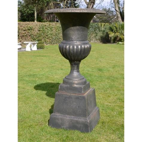 Black Planter Urns by Black Planter Urn With Base Swanky Interiors