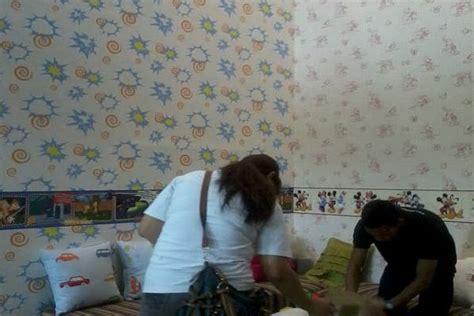 wallpaper atau cat pilih cat dinding atau wallpaper okezone economy