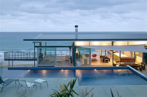 single storey beach house designs single storey t shaped beach house design okitu house by pete bossley digsdigs