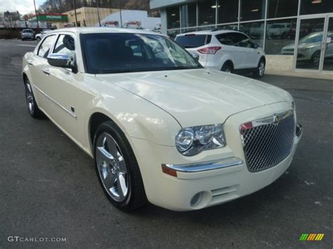 Chrysler 300 Dub by Cool Vanilla White 2008 Chrysler 300 Touring Dub Edition