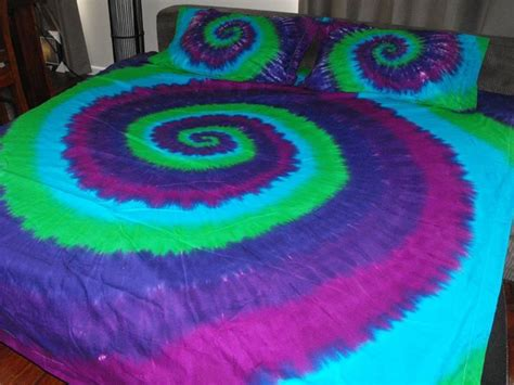 tie dye bedroom tie dye bedding everything tye dye pinterest