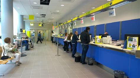 uffici regione lombardia nuovo ufficio postale nel palazzo di regione lombardia