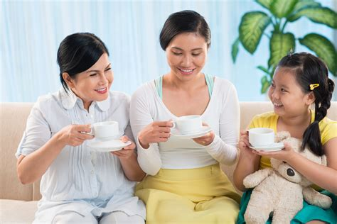 Bubuk Teh Sariwangi 5 kreasi sajian teh untuk dinikmati bersama keluarga