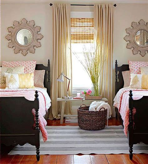 your new twin sized bed 25 best ideas about two twin beds on pinterest twin