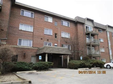 houses for sale in lisle il 2301 beau monde ln apt 109 lisle il 60532 foreclosed home information foreclosure