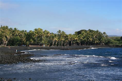 punaluu beach file punaluu black sand beach hawaii usa5 jpg