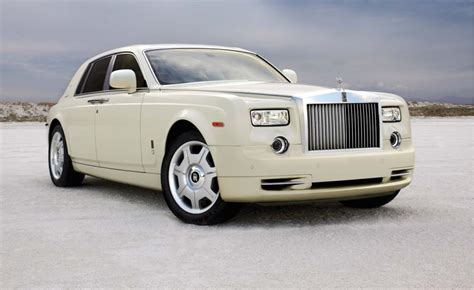 2010 rolls royce phantom 2010 rolls royce phantom information and photos momentcar
